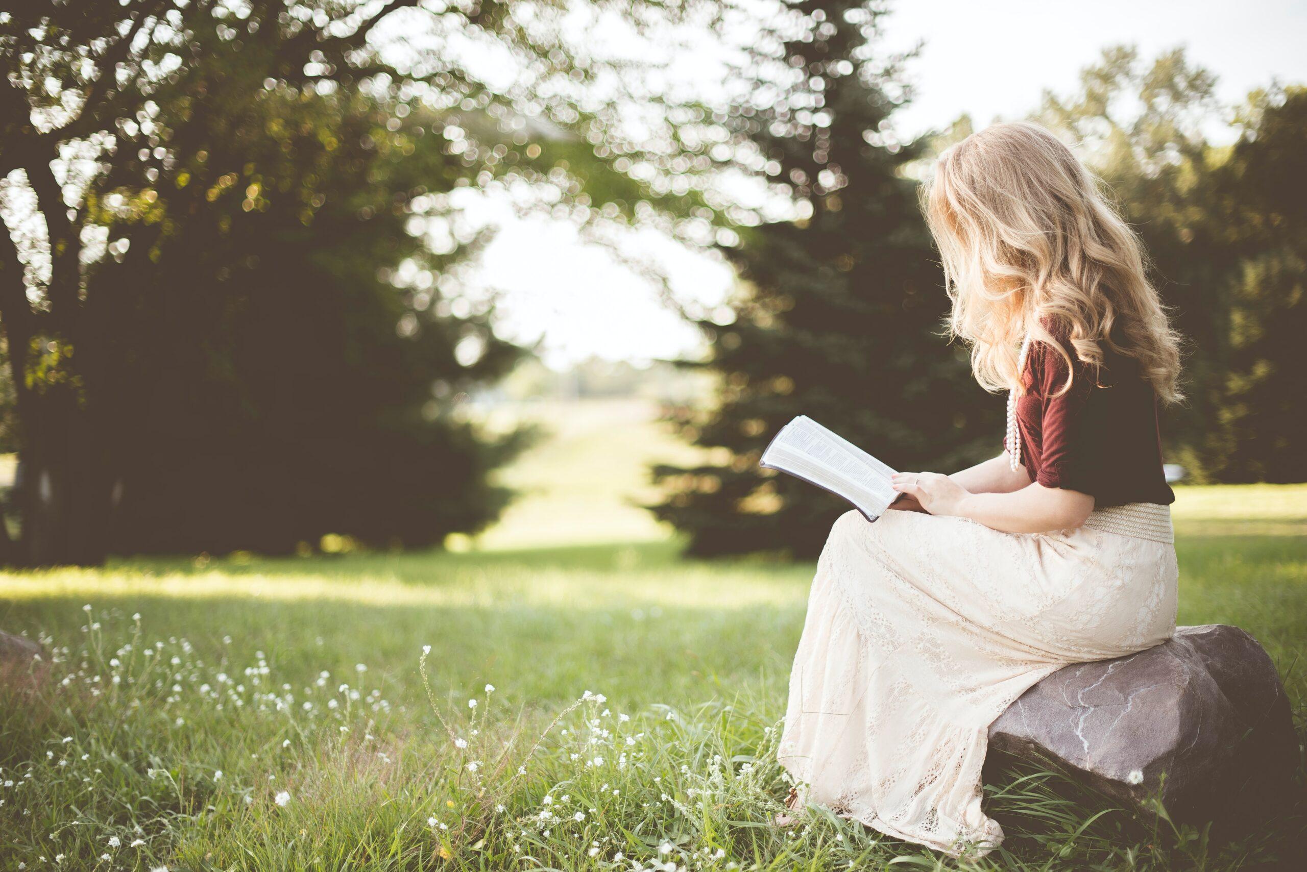 5 dintre cele mai inspirate cărți care îți vor schimba viața definitiv